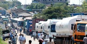 Trucks Queueing up for their turn at the Uganda-Kenya Border [Image: Business Daily Africa]
