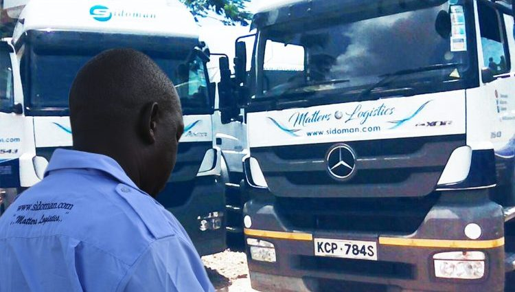 Choosing a career as a truck driver? Here is a look at the day in the life of a truck driver